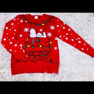 sweaters red snoopys christmas sweater size l